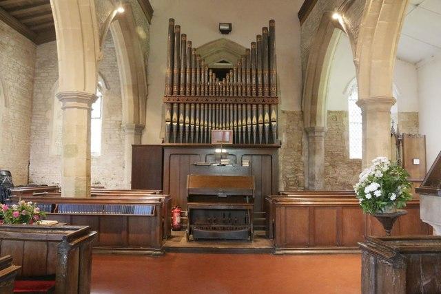 Organ at  the Back