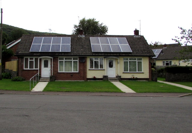 Solar panels and bungalows, Poplars Close, Mardy