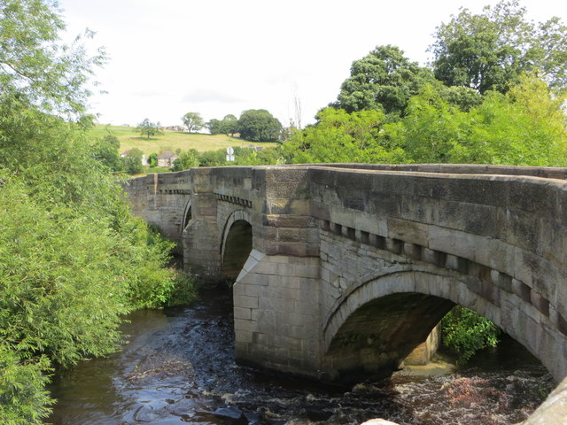 Hampsthwaite Bridge carrying Church Lane over the River Nidd
