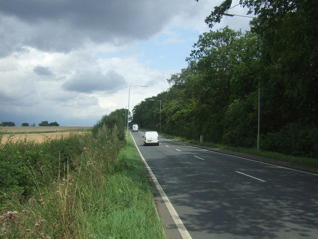 London Road (B1393) towards Junction 7, M11 Motorway