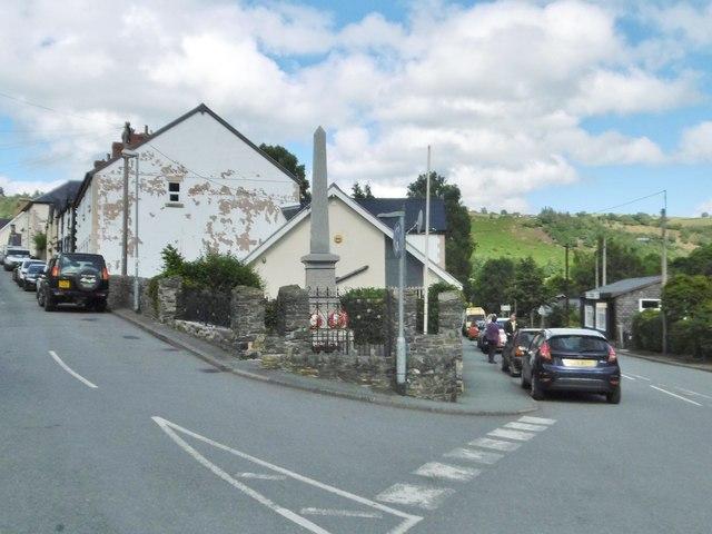 Glyn Ceiriog, war memorial