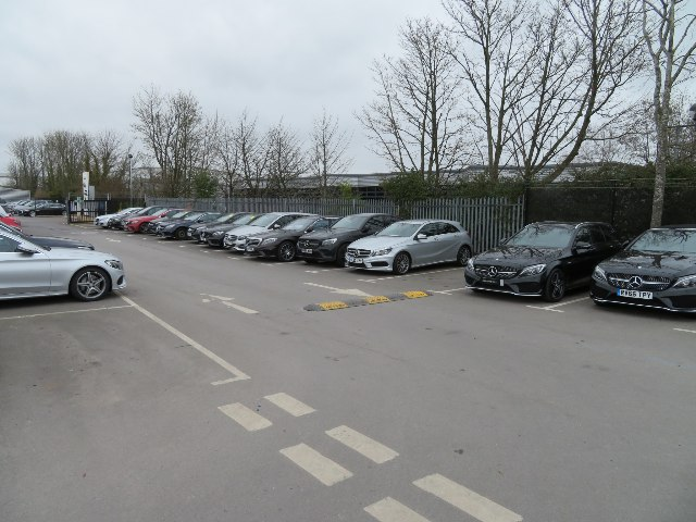 Mercedes-Benz - Basingstoke