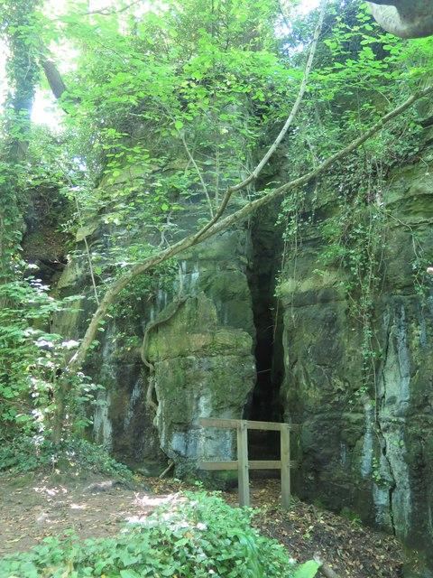 Lower entrance to Devil's Chimney, Bonchurch Landslip