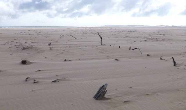Wreck on Goswick Sands