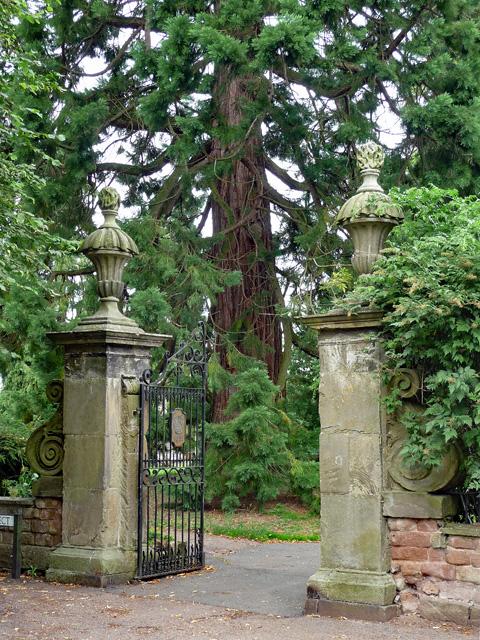 Gateway, Ross-on-Wye (2)
