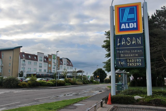 Shops and accommodation, Westhill Drive