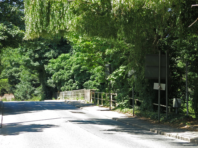 Long Bridge (over the River Colne)