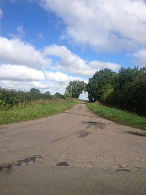 Road to White Lodge Farm