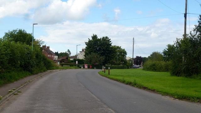Main Road, Wanswell