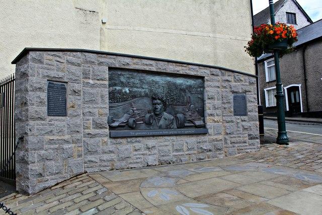 Tom Pryce's memorial (1)
