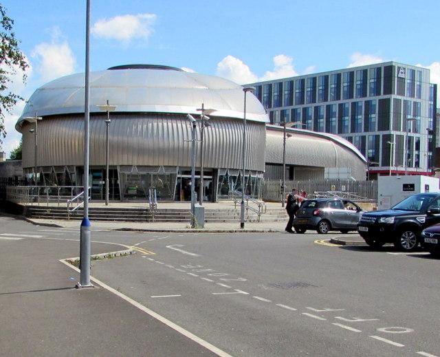 Western entrance to Newport railway station