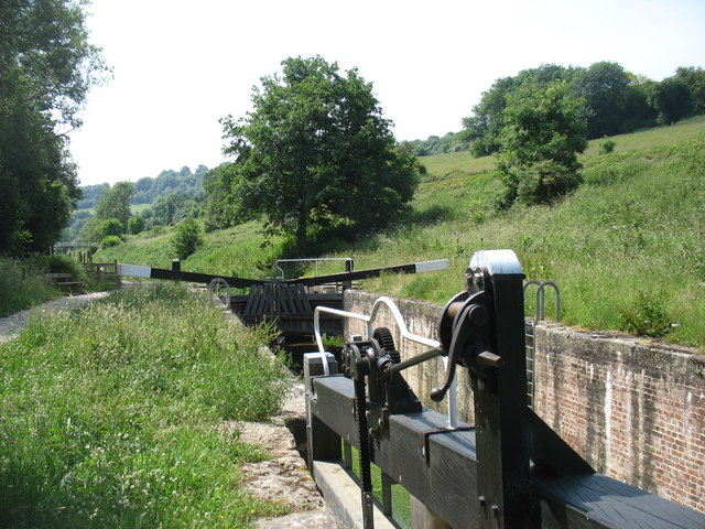 Lock on the Thames and Severn Canal