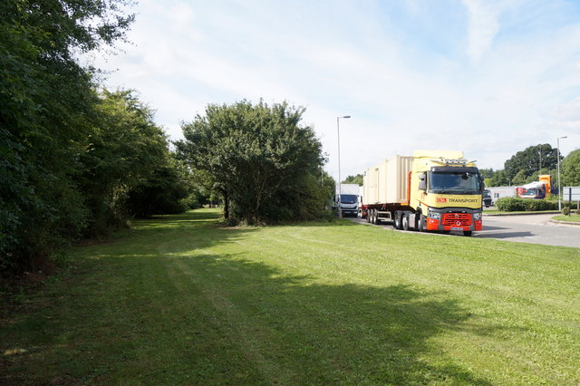Lorry parked at Warwick Services