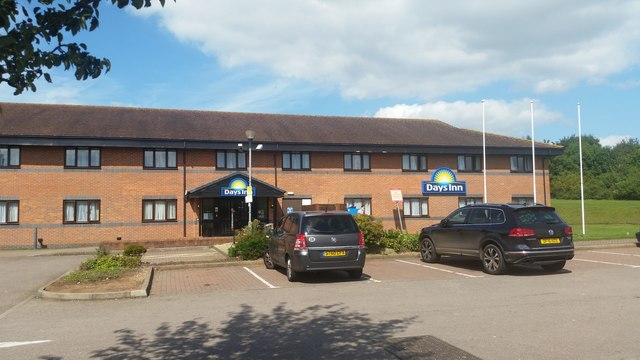 Days Inn at Warwick Services