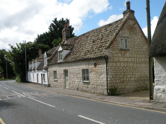 Cottages in High Street, Burwell