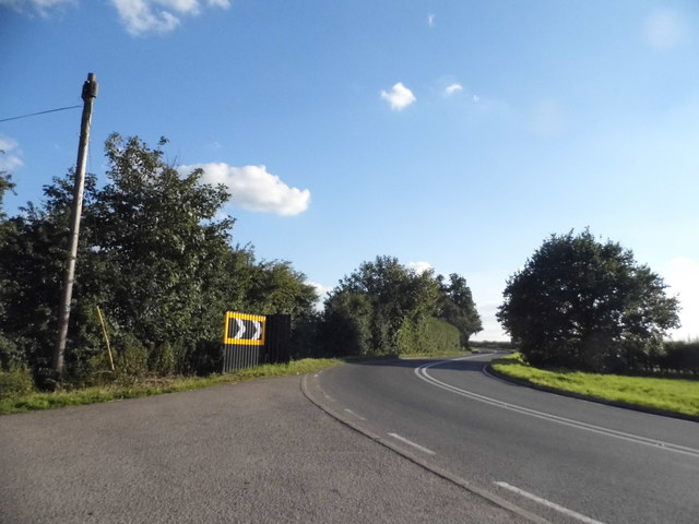 Double bend on Thame Park Road