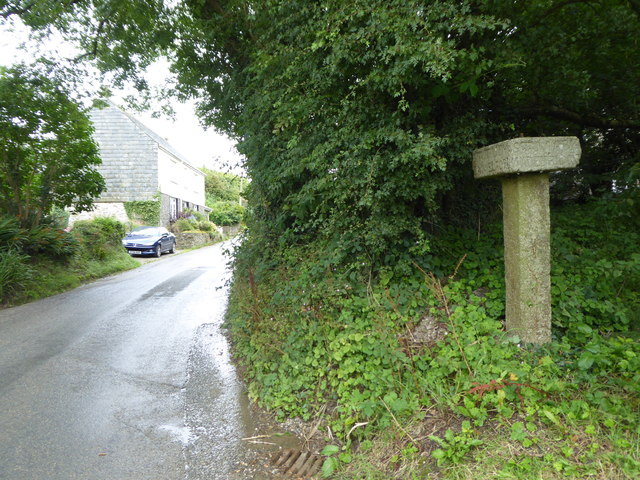 Guidepost at Longstone