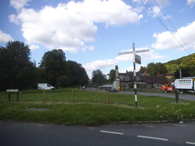 Green on Speen Road, Hughenden Valley