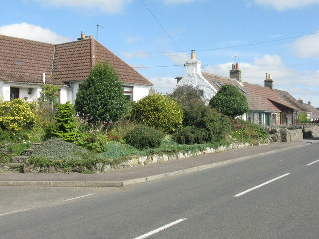 Bungalow and cottages at Craigrothie