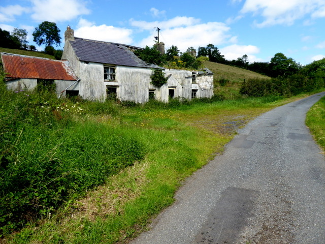 Derelict farmhouse along Killymorgan Road