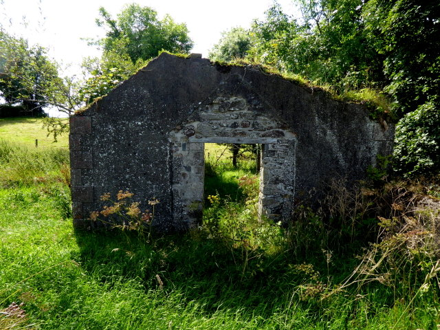 Ruined hall, Knockonny
