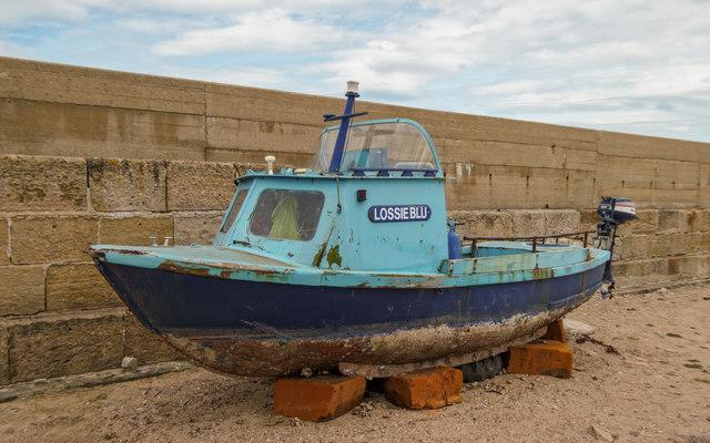 Lossieblu - Lossiemouth Harbour