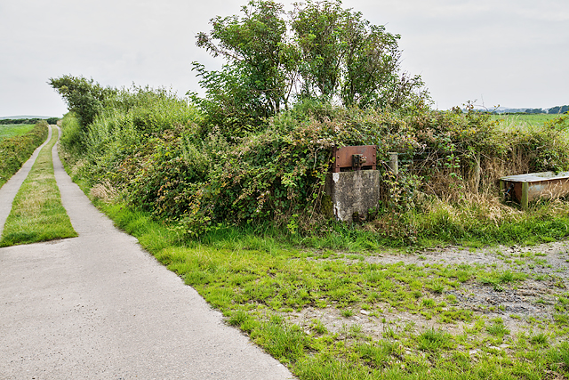 North Wales WWII defences: RAF Nefyn - Chain Home Radar Station - antenna halyard balance weight (13)
