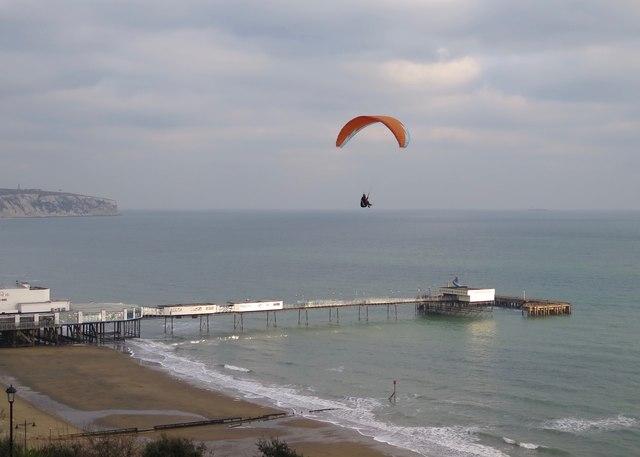 Hang-gliding over Sandown Pier