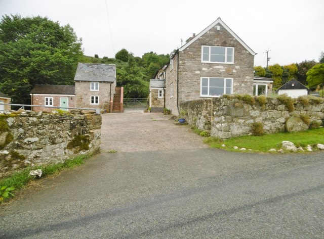 Craignant, farmhouse