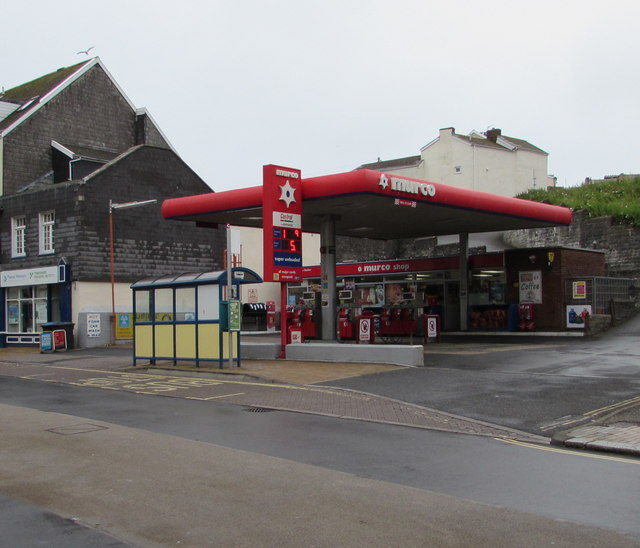 Murco filling station and shop in Ilfracombe town centre