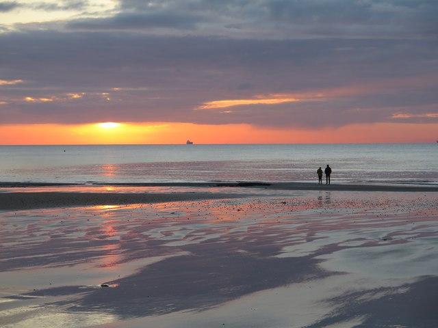 Spring sunrise from Shanklin Beach