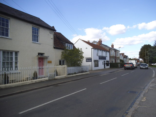 Lower Icknield Way, Chinnor