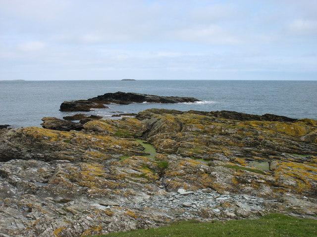 Headland west of Hen Borth