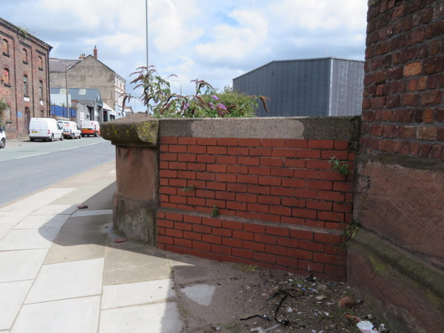 Bankhall Street canal bridge parapet