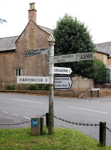 Fingerpost sign, Haselbury Plucknett