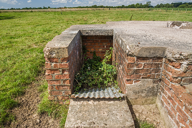 WWII Cheshire, RAF Cranage, near Middlewich - LAA Emplacement (25)