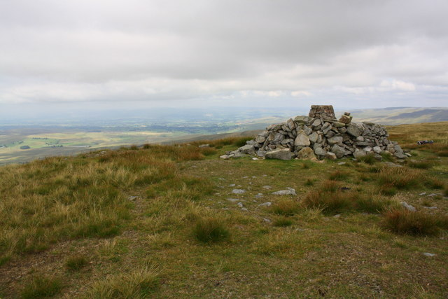 Trig point in stone shelter on Wild Boar Fell