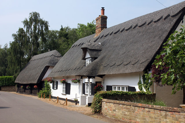 Boot and Slipper Cottage, 44 Common Lane and adjacent barn, Hemingford Abbots