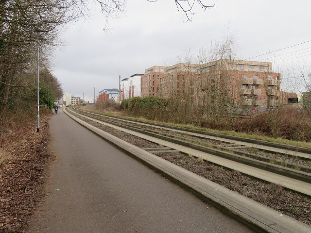Busway approaching Cambridge station