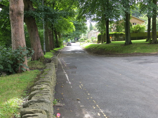Dean Lane in Sowerby at its junction with The Newlands