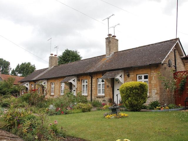 Almshouses, Haselbury Plucknett