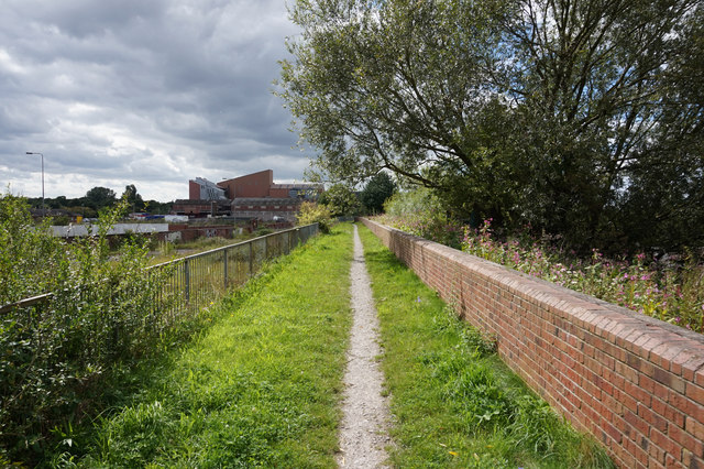 Path alongside the River Ouse, Selby