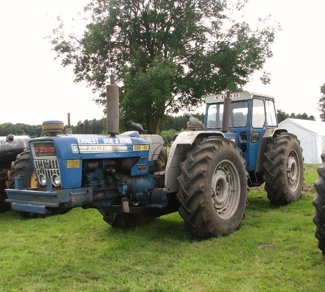 1960s Doe 180 dual drive tractor