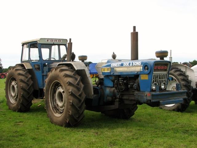 1960s Doe 180 dual drive tractor