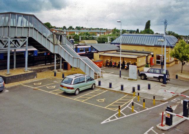 Leighton Buzzard station, car park on Up side 2001