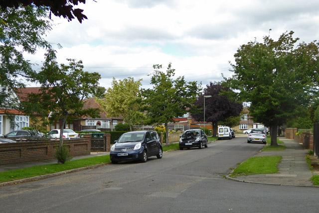 Scotts Avenue, Ashford Common