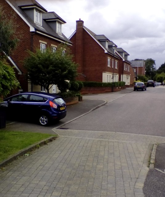 Houses in Fleming Way, Exeter