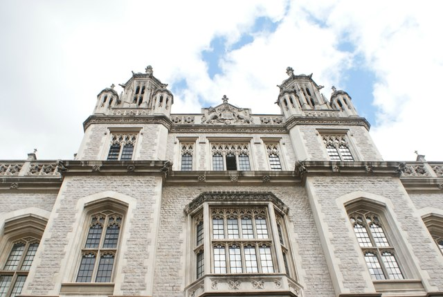 Looking up at the Maughan Library from Chancery Lane