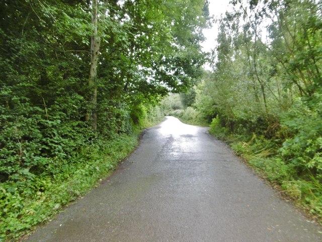 Llanrhaeadr-ym-Mochnant, minor road