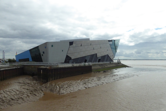 Across the River Hull to the Deep